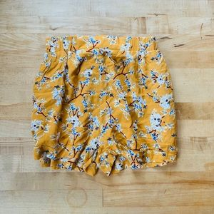 NWT LF One Way 1960s Style Shorts Size 6